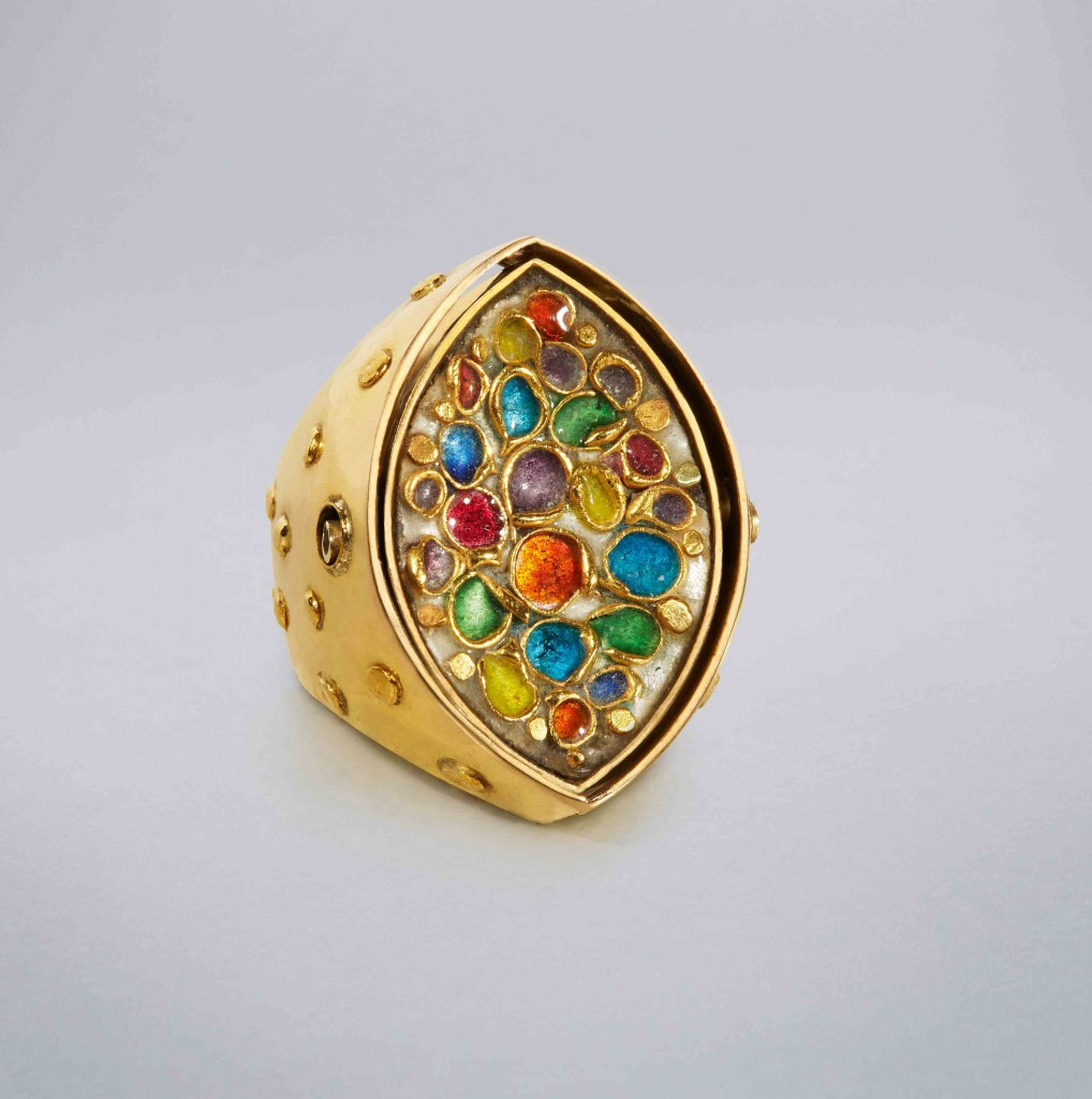 Mary Kretsinger, Double-sided Ring, 1960. Enamel on gold, diamonds. 1.25 x .875 x .875""