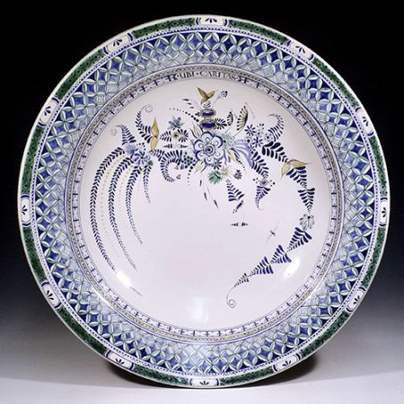 Stephen Earp, Ubi Caritas, 2020, Redware, thrown earthenware charger with delftware inspired maiolica overglaze decoration