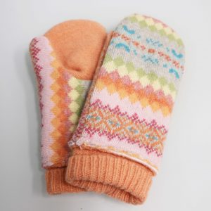 Multicolored orange wool mitten with diamond patterns